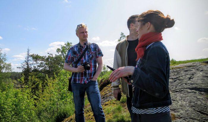 Võrguõpetaja Juhani koos oma e-klassiga Soome-reisil. Foto Jari Sjölund